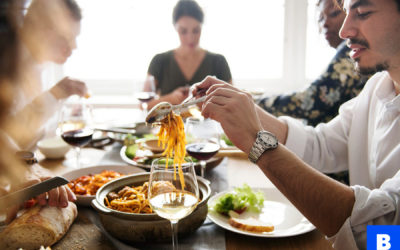 Cultural don'ts: Arriving on time to a dinner party in France